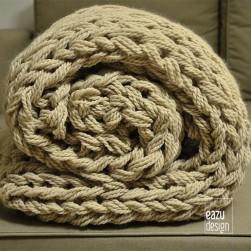 MEGA wool knit blanket